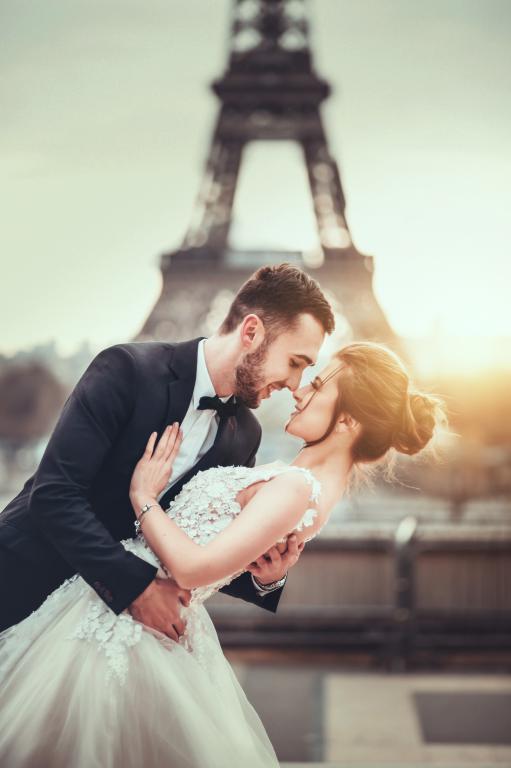 ادیت آتلیه ای تصاویر عروس و داماد